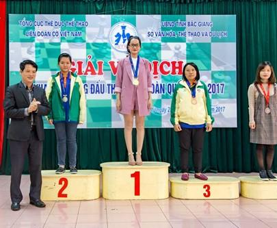 Hotgirl cờ vua Võ Thị Kim Phụng thử sức ở giải đỉnh cao Anh Quốc