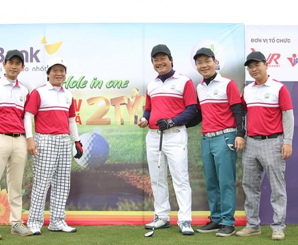 """Golfer Nguyễn Đăng Quang \""""giật\"""" giải HIO 2 tỷ ở VCG 500 2018"""