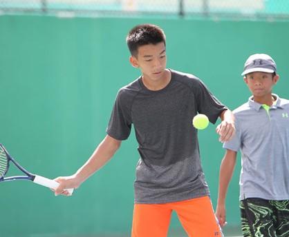 Võ Quốc Uy vào chung kết đơn lẫn đôi quần vợt U.14 châu Á